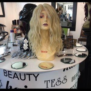 Accessories - Blonde 613 Lacefront wig wavy wig
